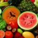"""""""热带水果(水果食品)含高维C可维护牙龈健康。如严重缺乏则牙龈会变得脆弱,容易罹患疾病,出现牙龈肿胀、流血、牙齿松动或脱落等症状。"""