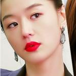 #晒口红#喜欢全智贤的唇色,当时看来自星星的你就很着迷,可是自己太黑了,不适合。