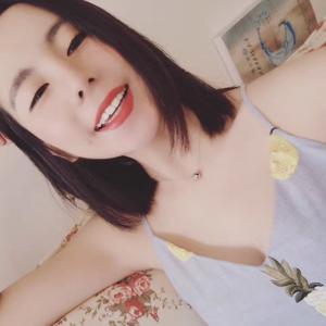 最近去台湾玩了,玩得很开心,然后拍了个小视频给大家看看我自己的情况,讲真,做了牙贴面笑起来真的好自信~~喂!不信你们看!...